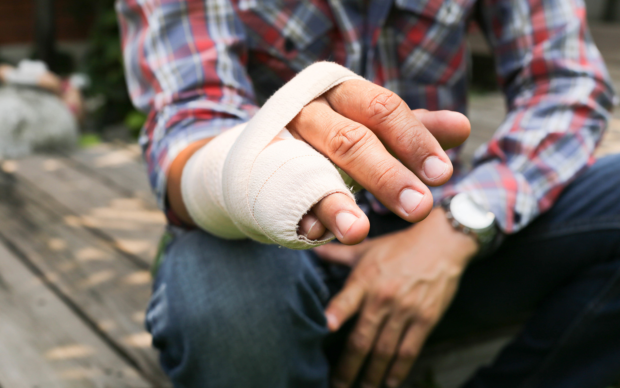 Finger and Hand personal injury solicitors Compensation